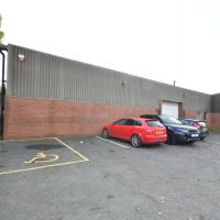 Warehouse Barnstaple to let