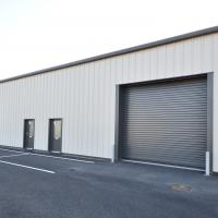 Unit to rent Barnstaple
