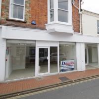 Shop to lease Braunton