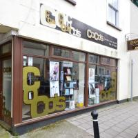 Shop to rent South Molton